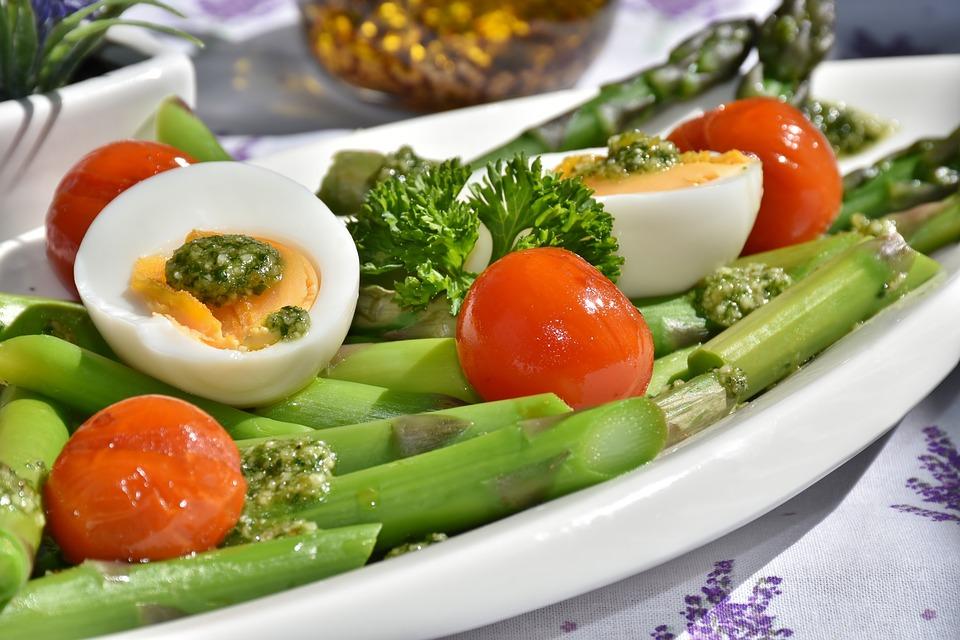 Do conceito à dieta: entenda tudo sobre lowcarb